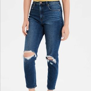 NWT American Eagle Mom Jeans Stretch